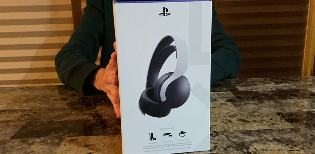 Left Side of the Pulse 3D Wireless Headset Box